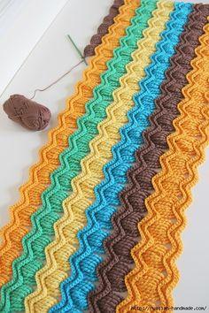 интересный узор крючком. Схема подойдет для вязания пледов, покрывала, ковриков и подушек