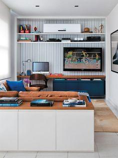 Uma Estante para e TV e Home Office   Click Interiores