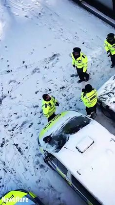 Just the police having a snowball fight on their break... ️