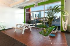 #WMSanFrancisco provided full service #interiordesign services for to create a collaborative, open #office environment for Upwork. #creativeoffice #SanFrancisco