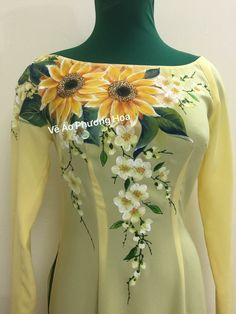 Fabric Painting On Clothes, Fabric Paint Shirt, Paint Shirts, Dress Painting, Painted Clothes, Silk Painting, Stylish Dresses For Girls, Stylish Dress Designs, Dress Neck Designs