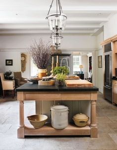 This is a picture of a Kitchen - but EVERYONE that has a daughter needs to read what is written on this page!!!  Things I Tell My Teenage Daughter