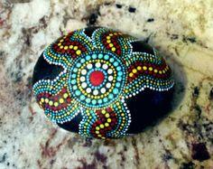 Pintado a mano de Mandala de piedra piedra de por MafaStones