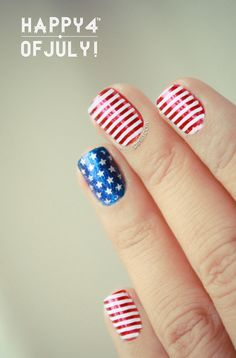 nail-art in honour of the 4th of July
