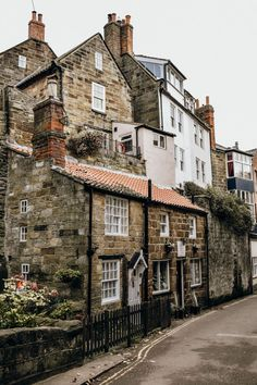 Yorkshire has some truly stunning villages along it's coastline. Here is a guide to three of the most beautiful villages in North Yorkshire! North Yorkshire, Yorkshire England, Yorkshire Dales, Cornwall England, Cool Places To Visit, Places To Travel, Robin Hoods Bay, English Village, Northern England