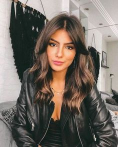 49 Hot Trend Haircuts You'll Be Obsessed With 2019 - hair lengths Medium Hair Cuts, Medium Hair Styles, Curly Hair Styles, Long Hair Cuts, Best Hair Cuts, Bangs Medium Hair, Haircut Long Hair, Hair Cut Styles, Haircut For Medium Length Hair