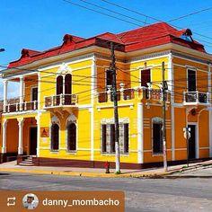 From @danny_mombacho: Casa Favilli built in 1925 #Granada #Nicaragua #ILoveGranada #AmoGranada #Travel