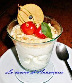 GELATO AL FIORDILATTE DI RICOTTA - Qui la #ricetta #BlogGz: http://blog.giallozafferano.it/lacucinadiannama/gelato-al-fiordilatte-di-ricotta-ricetta-senza-gelatiera/ #GialloZafferano #gelato #ricotta #merenda