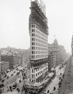 Old New York photography.Flatiron Building, Manhattan, year of completion 1902.Antique photo art print.
