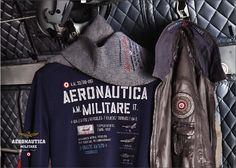 Giubbotto in pelle PN862, t-shirt TS951, sciarpa SH962.