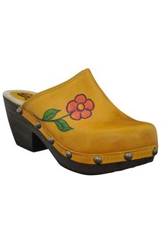 Sbicca Dagny Clogs  - so retro cute!!