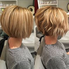 ✨✂️Both pictures are after pics to show how good these short textured cuts look with straight or curly hair 👌🏻 Cut and color done on my frequently changing sister. Couldn't bring her back to blonde without Olaplex!  #haircut #bob #texture #dimension  #blonde #highlights #straighthair #wavyhair #beachwaves #olaplex #redken #chromatics #randco #randcohair @momof3plus