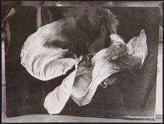 vintage everyday: Amazing Vintage Photos of Loie Fuller Dancing from the Late 19th Century