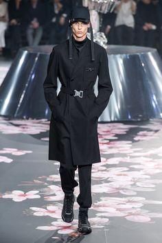 090decdf1e7 Dior Men Pre-Fall 2019 Fashion Show Collection: See the complete Dior Men  Pre-Fall 2019 collection.