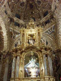 Altar de la Capilla del Rosario, Puebla