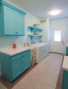 turquoise laundry room | Design Hintz