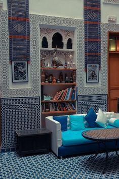 Relaxing Moroccan Living Rooms