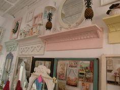 cute shelves!
