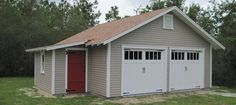Traditional Garage with Attached Workshop - Traditional - Granny Flat or Shed - Tampa - by Historic Shed Carport Garage, Barn Garage, Two Car Garage, Garage House, Dream Garage, Detached Garage, Garage Granny Flat, Timber Frame Garage, Garage Extension