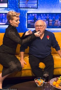 Sheridan larked around with fellow guest Danny DeVito on the set Sheridan Smith, Danny Devito, Nice Photos, Baby Dogs, Entertainment, Love, Amor, Cute Photos, Puppies