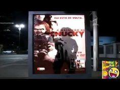 Broma Chucky Susto En Paradero De Bus Con Cámara Escondida - YouTube