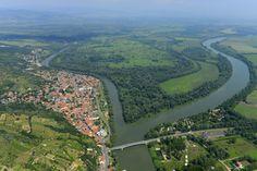 A Bodrog és a Tisza találkozása Tokajnál (Szeretlek Magyarország - magyar folyók képei a magasból)