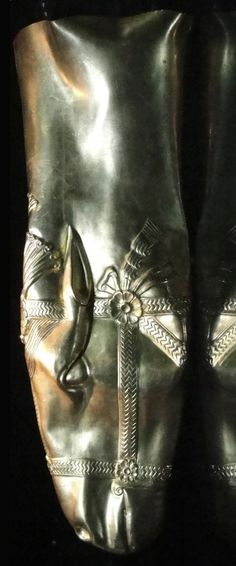 Golden head of a horse rhyton, from the Sassanid Empire, 6-7th century AD.  Courtesy & currently located at the Reza Abbasi Museum, Iran.