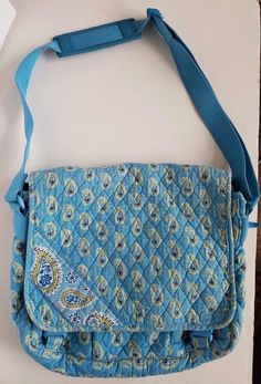 Vera Bradley Bermuda Blue Paisley Messenger Bag Large Cross body #VeraBradley #MessengerCrossBody