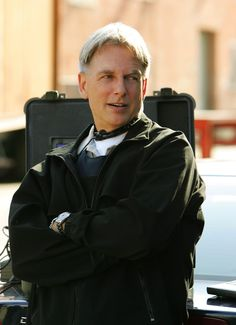 Google Image Result for http://images.fanpop.com/images/image_uploads/Mark-Harmon-mark-harmon-713284_1086_1500.jpg