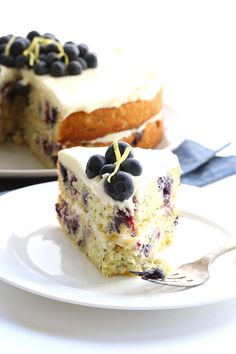 low carb zucchini cake with blueberries and lemon buttercream frosting - Ok I really need to get some whey protein powder