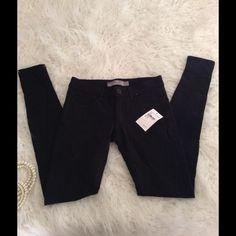 Page super skinny Black skinny pants Paige Fit: 23 Inseam:28 1/2 Peg Supper skinny Paige Jeans Pants Leggings