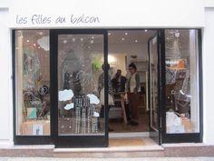 LES FILLES AU BALCON Bordeaux