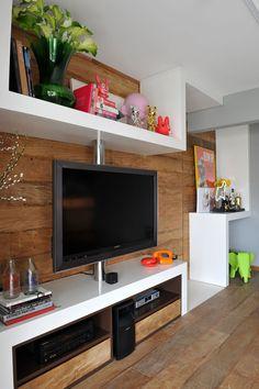 Guto Requena-02-1 Kind Design