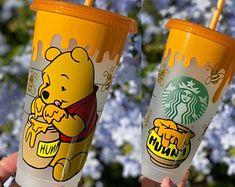 Starbucks Cup Gift, Starbucks Cup Design, Starbucks Green, Personalized Starbucks Cup, Custom Starbucks Cup, Starbucks Venti, Personalized Cups, Starbucks Art, Disney Cups