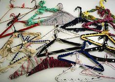 """Mi piace"": 43, commenti: 2 - carlartestyle (@carl.artestyle) su Instagram: ""Hanger decor✂️ #hangers #hangershabby #appendiabiti #colors #decoration #decor #tessuti #textiles…"""