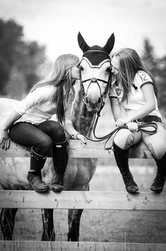 Ahum...hum...ladies, do you like a horseride now? *wink* The Big Spender :-)