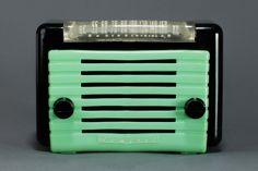 Admiral 7T03CG Radio in Black Bakelite with Green - Rare Midget Size