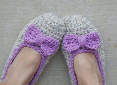 Crochet Women Chunky Slippers with  Bow Accessories by EvasStudio