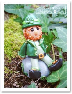 DIY Polymer Clay Leprechaun