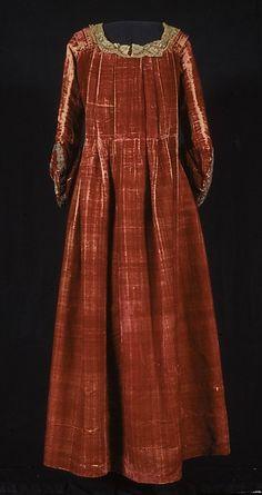 Woman's Gown (Robe á la française), Italian or French , second half 18th century, Silk; metal; linen Dimensions: Shoulder to hem: 139.8 x 8 cm shoulder width: 38 cm sleeve length: 54.5 cm