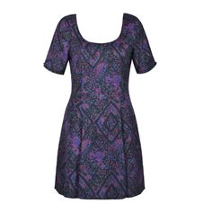 DARK PAISLEY FIT AND FLARE DRESS Latest Fashion For Women, Fashion Online, Womens Fashion, Day Dresses, Dresses For Work, Fall Fashions, Flare Dress, Fit And Flare, Renaissance