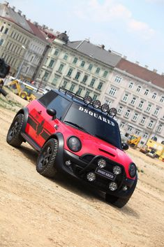 Mini Cooper Accidents, Malfunctions And Other Known Issues – Car Accident Lawyer - Mesothelioma Treatments Mini Cooper Custom, Mini Cooper S, Fancy Cars, Cool Cars, Mini Jeep, Mini Countryman, Automobile, Sweet Cars, Van