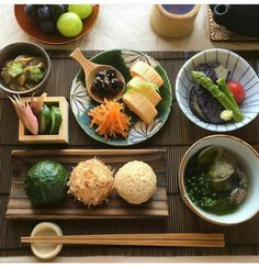 Japanese Dishes, Japanese Food, Cute Food, Yummy Food, Asian Recipes, Healthy Recipes, Table D Hote, Korean Food, Food Presentation