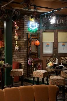 1000 Images About Friends And Central Perk On Pinterest
