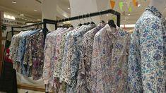 こんにちは? 文章スタイリストの武田みはるです。 GWの間はリバティプリントに囲まれて過ごしました。  リバティプリントとは、 イギリスに140年以上前から伝わる伝統柄。 日本にもファンが多いこ... 詳しくは http://kotono-ha.com/74080/?p=5&fwType=pin&blog=6509