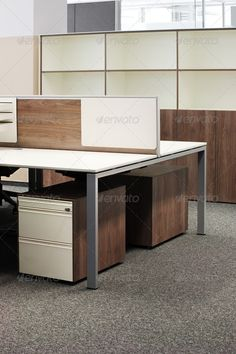 Corporative Office. Ideal desks. Some privacy, but open.