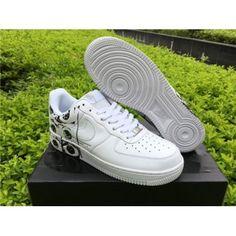 eec0fb89bdde Supreme Comme des Garcons Nike Air Force 1 Low White Black