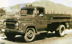 """Roman SR 131 """"Carpati"""", was produced in 1960 replacing the old SR 101 model. Warfare, Cars And Motorcycles, Monster Trucks, Old Things, Vehicles, Countries, House, Ideas, Motorbikes"""