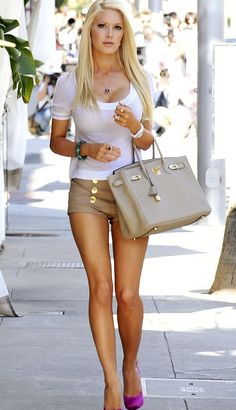 I don't care what people say. She looks amazing! Heidi Montag may have paid a fortune for that body, but it really is awesome!