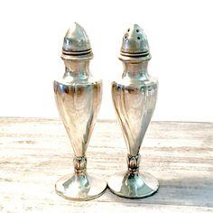 Vintage Silver Viking Salt and Pepper Shakers #VikingSilver #Electroplated #Silver #Viking #Silversaltandpepper #saltandpepper #SaltandPepperShakers #Vintage